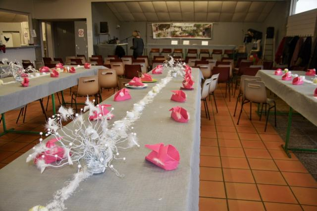Très belle décoration de tables, travail effectué par Momo